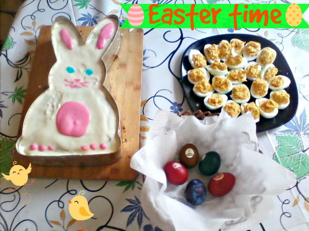 Easter bunny carrot cake - Anna Can Do It!