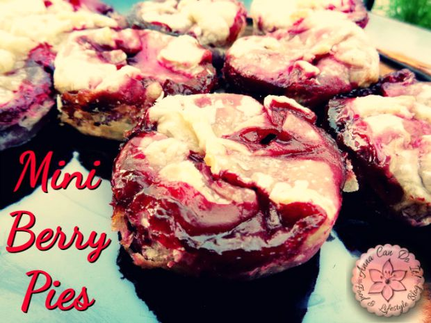 Mini Berry Pies - Anna Can Do It!