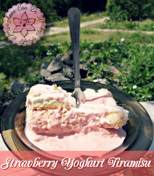 Strawberry Yoghurt Tiramisu - Anna Can Do It!