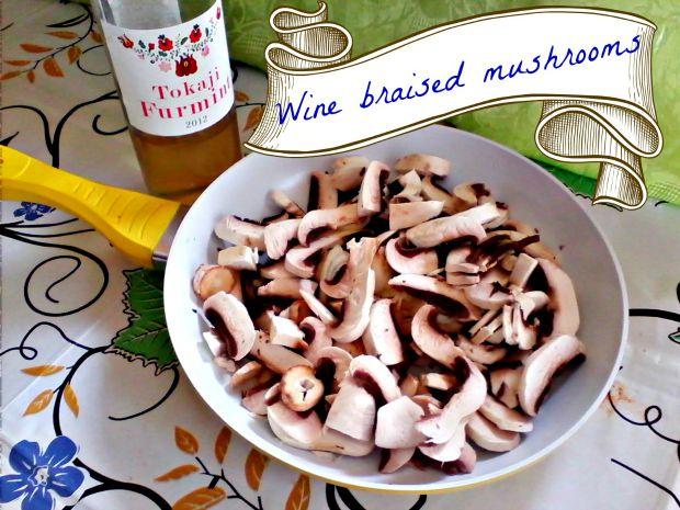 Wine braised mushrooms - Anna Can Do It!